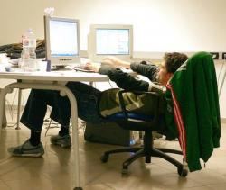Belirli süreli çalışanların tazminat hakkı var mı?
